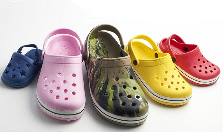 CROCS: Shop the Crocs™ official website for casual shoes, sandals & more. Free Shipping on online orders over $35. Sign up for Crocs Club & get 20% off your next