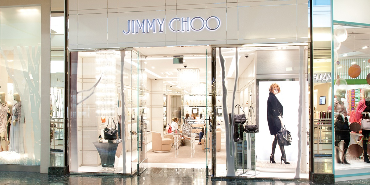 JIMMY CHOO: Shop our range of shoes, bags and accessories today on the official Jimmy Choo website. Discover the latest collection for men and women.