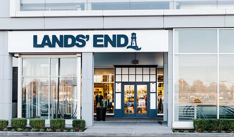 LAND'S END: is a classic American lifestyle brand with a passion for quality, legendary service & real value.