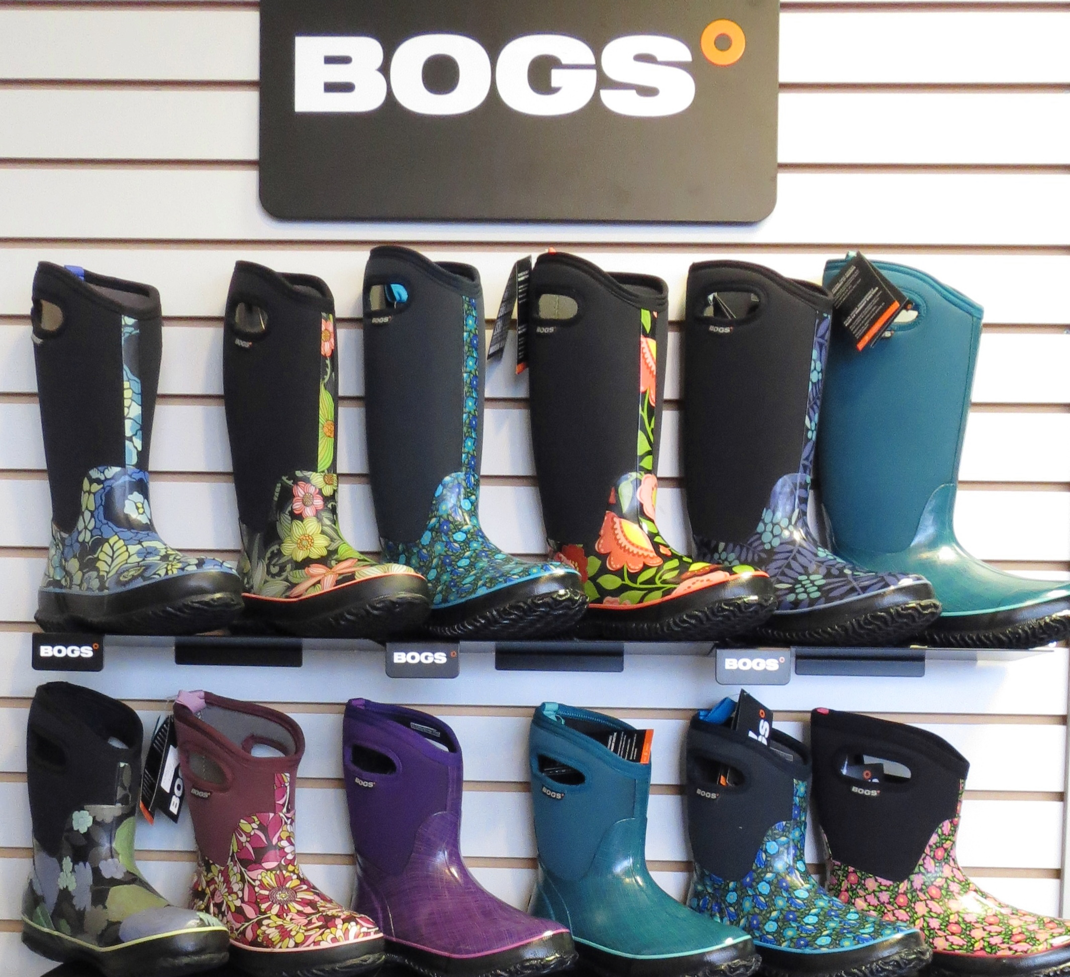 BOGS FOOTWEAR (WEYCO): BOGS boots for kids, women, and men provide comfort and protection from rain, snow, and anything mother nature throws at them