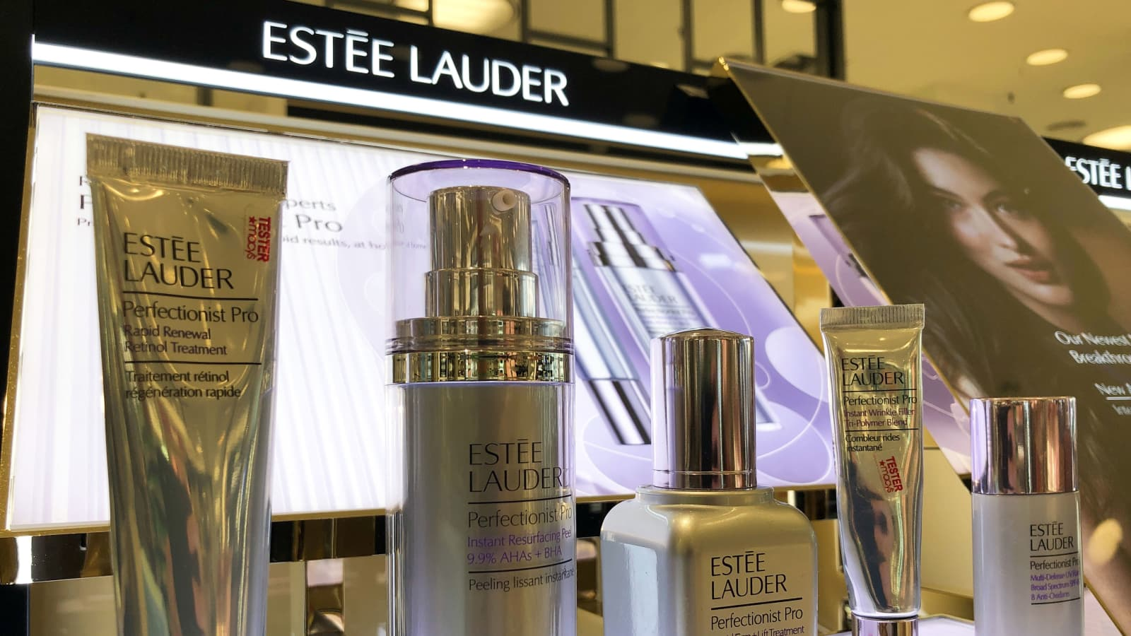 ESTEE LAUDER: Discover Beauty at esteelauder.com, your destination for high-performance Skincare, Makeup, Fragrance, videos, more. Free Shipping & Returns.
