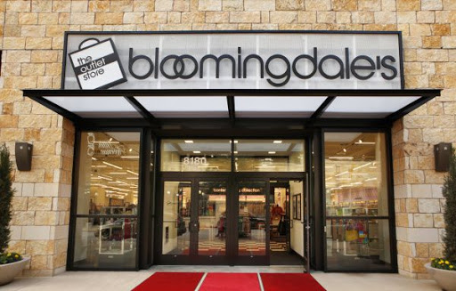 BLOOMINGDALE'S: Winter Break – Enjoy up to 70% off